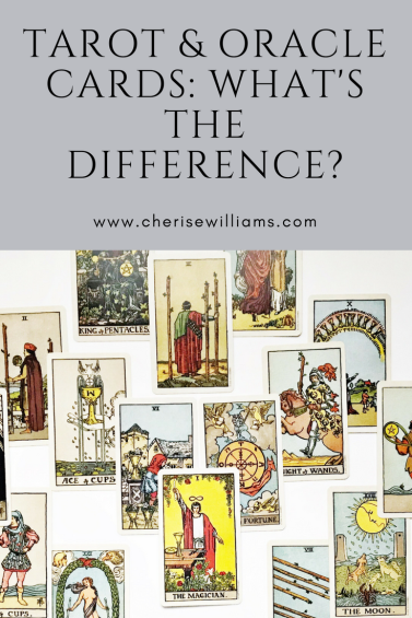 tarot-and-oracle-card-differences