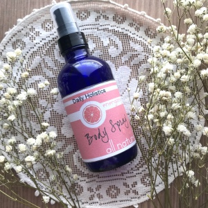 Energizing body spray natural