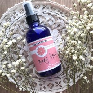 Energizing body spray natural
